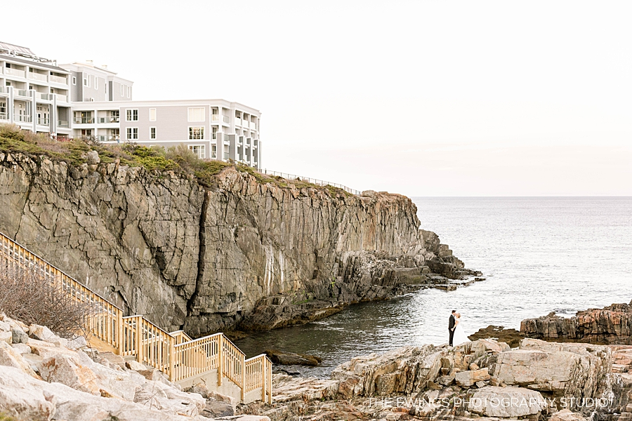 Christina & Brad's wedding was at Cliff House in Ogunquit Maine, a beautiful oceanfront luxury wedding venue