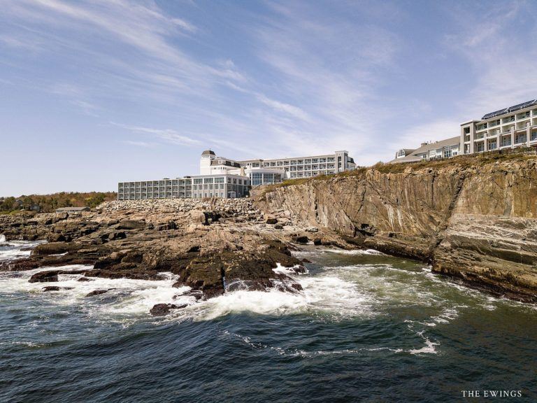 An aerial photograph of the Cliff House in Ogunquit Maine, an oceanfront luxury wedding venue in New England.